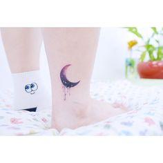 : Moon  . . #tattooistbanul #tattoo #tattooing #moon #moontattoo #colortattoo #tattoosupplybell #tattoomagazine #tattooartist #tattoostagram #tattooart #tattooinkspiration #타투이스트바늘 #타투 #달 #달타투 #컬러타투