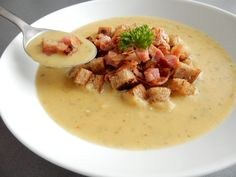 Czech Recipes, Cheeseburger Chowder, Soup Recipes, Side Dishes, Food Porn, Food And Drink, Appetizers, Vegetarian, Cooking