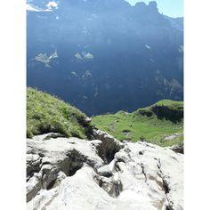 Descente de la Vogeale par le chalet du borée- Cirque de Sixt Fer à Cheval- Alpes de Haute Savoie- crédit CDessaux