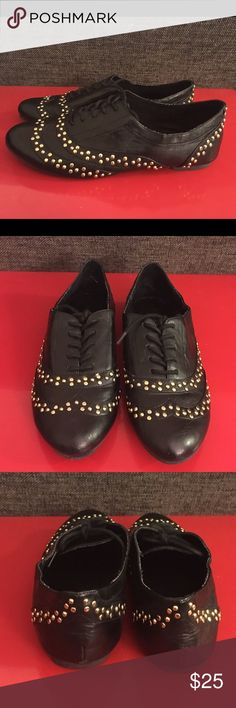 Aldo Gold Studded Oxfords Super cute and comfy, pre-owned oxfords. Can fit 7.5-8. Aldo Shoes Flats & Loafers