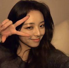 Social Media Icons, Her Smile, Seulgi, Kpop Girls, Korean Girl, Girl Group, Idol, Female, Pretty