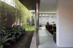 Casa Terra Nova / Isay Weinfeld