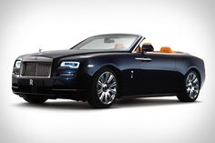 It's a convertible. But it's still a Rolls-Royce. Which means the Rolls-Royce Dawn had to be as quiet with the top up as its stablemates. The fabric roof was therefore designed with silence in mind, using a tailored French Seam...