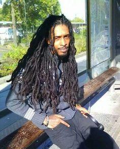 Locs on fleek Dreadlock Styles, Dreads Styles, Dreadlock Rasta, Black Men Hairstyles, Dreadlocks, Hair Shows, Natural Styles, Natural Hair Tips, Hair Journey