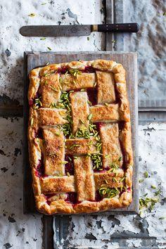 Rhubarb, orange and pistachio pie