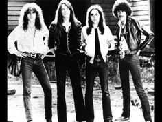 Tribute to Irish rock bands and artsts, including Thin Lizzy. Thin Lizzy, Rock And Roll Bands, Rock Bands, Folk Music, My Music, Opera Music, Music Clips, Music Mix, Grunge