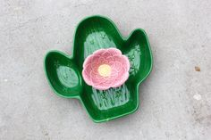 Hey, I found this really awesome Etsy listing at https://www.etsy.com/listing/260225748/vintage-cactus-chip-n-dip-set-table