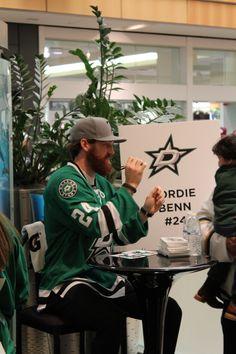 Stars Hockey, Hockey Teams, Ice Hockey, Dream Guy, Girls Dream, Jordie Benn, Tyler Seguin, Eyes Emoji, 29 Years Old