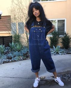 "6,597 Likes, 67 Comments - SZA (@sza) on Instagram: ""Smol n sassy """
