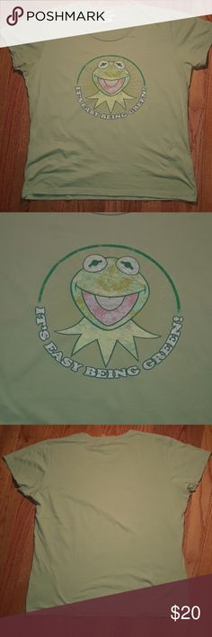 "Vintage Disney Kermit the Frog T In Good Condition.  Vintage Disney Kermit the Frog Muppets T Shirt "" It's Easy Being Green""  . AWESOME COLOR GREEN. Women's XL true fit. Disney Tops Tees - Short Sleeve"