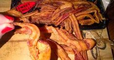 Food recipes from all over the world. Bacon Recipes, Wine Recipes, Cooking Recipes, Cuisines Diy, South African Recipes, Africa Recipes, Biltong, Catering Food, Catering Recipes