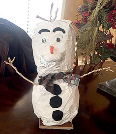 http://bit.ly/1PoBwam - Kid Style Snowman An Activity for Preschoolers: Create a fun snowman companion!  Goals: To create a winter character for dramatic play To encourage individual creativity To develop fine and gross motor skills