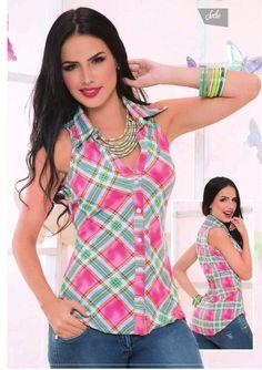 from Jolie Campaña 08 - 2014 Kurta Designs, Blouse Designs, Look Fashion, Womens Fashion For Work, Fashion Tips, Urban Fashion Trends, Fashion Boutique, Fashion Dresses, Clothes