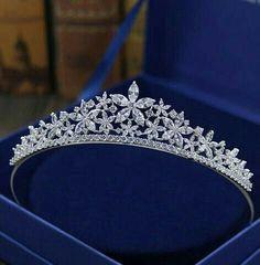 Bridal Crown, Bridal Tiara, Bridal Headdress, Bridal Veils, Hair Jewelry, Wedding Jewelry, Jewellery, Wedding Tiaras, Tiara For Wedding
