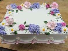 Ideas For Birthday Cupcakes Flowers Pretty Cakes Cake Decorating Techniques, Cake Decorating Tips, Cookie Decorating, Pretty Cakes, Beautiful Cakes, Amazing Cakes, Birthday Sheet Cakes, Birthday Cupcakes, Wedding Sheet Cakes