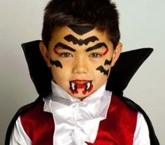 Halloween Face Painting: Little Vampire