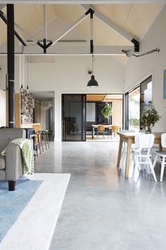 10 Great Ideas From The Best Barn Home In NZ