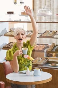 How to Open a Bakery Café