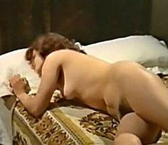 I giochi proibiti dell'Aretino Pietro , Italy 1973 ,  di Piero Regnoli , con Orchidea De Santis , Femi Benussi , Tony Kendall , Tiberio Murgia  . /// il film appartiene al filone Decamerotico , sottogenere della commedia-sexy all'italiana. ///