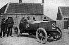Frenchman Louis Emile Rigolly drove a Gobron-Brillié internal combustion engined car to 103.561 mph Ostend, Belgium (21 Jul 1904) becoming the first to exceed 100 mph