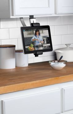 Belkin Universal Kitchen Cabinet Mount for iPad, iPad Mini and Android Tablets Between 8 and 10 Inches: Amazon.co.uk: Computers & Accessories