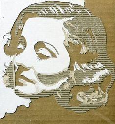 portraits en carton ondule par giles oldershaw 1   Portraits en carton par Giles Oldershaw   star Sculpture recyclage portrait photo image Giles Oldershaw célébrité carton