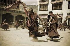 Zdj�cia: Lamayuru, Ladakh, Ta�cz�cy mnisi, INDIE