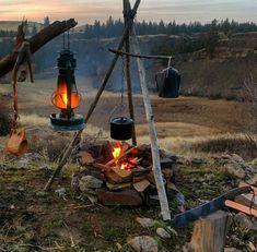 Bushcraft Camping, Camping Survival, Outdoor Survival, Camping Gear, Camping Hacks, Survival Shelter, Wilderness Survival, Survival Life Hacks, Survival Skills