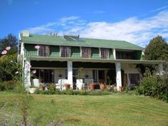 Plum Tree Lodge - Plum Tree Lodge is a small country guest house located in the village of Himeville near Underberg, KwaZulu-Natal. We offer bed and breakfast, as well as self-catering accommodation in this privately .