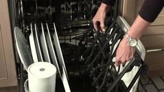 Dishwasher Hack: Clean your stove top grills. Clean Gas Stove Top, Clean Grill Grates, Stove Top Grill, Clean Stove Burners, Gas Stove Burner, Cleaning Stove Top Grates, Dishwasher Cleaning Tips, Dishwasher Basket, How To Use Dishwasher