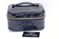 Chanel-Black-Patent-Leather-Vanity-Cosmetic-Make-Up-Bag