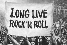 Rock'n'Roll é mas q uma cultura, é uma nação \m/