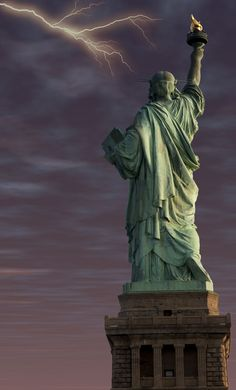 Statue of Liberty Rear lightning by cliffordpugliese