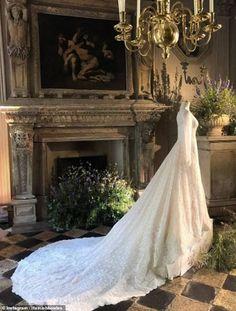 Lady Gabriella Windsor's wedding dress, designed by Italian couturier Luisa Beccaria, is now on display in Paris. Royal Wedding Gowns, Elegant Wedding Gowns, Designer Wedding Gowns, Royal Weddings, White Wedding Dresses, Cowgirl Wedding, Wedding Bride, Dream Wedding, Vogue Wedding