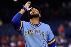 #MLB: Jonathan Villar batea dos hits roba remolca y juega gran defensa en triunfo de Cerveceros