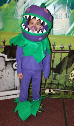 The Memory Nest: Plants vs. Zombies: Costumes Continued