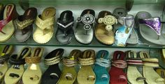 LOOKING FOR footwear shop in egmore? call:9940463516.In the year of liberation, 2004, a lone shoe store opened its doors to the public in Chennai.  Hollwood Shoes, the brand, is now a household name in India.