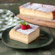 "Akis Petretzikis on Instagram: ""Magic cake: ένα μείγμα - ένα ψήσιμο - τρεις στρώσεις! 😮 Με αυτήν ακριβώς τη διαδικασία θα φτιάξετε ένα πανεύκολο cake με... τραγανή βάση,…"" Greek Recipes, Raw Food Recipes, Magic Cake Recipes, Nutrition Chart, Processed Sugar, Baking Pans, Cupcake Cakes, Cupcakes, Quick Easy Meals"