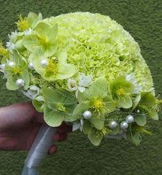 A pretty light green wedding bouquet adorned with pearls. A pretty light green wedding bouquet adorn Bouquet Bride, Hand Bouquet, Bridesmaid Bouquet, Wedding Bouquets, Deco Floral, Arte Floral, Floral Design, Wedding Arrangements, Floral Arrangements