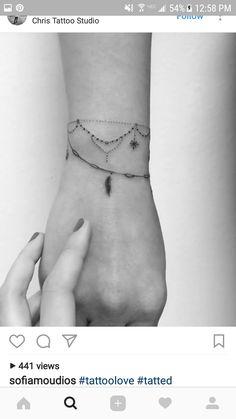 Wrist tatskap - Tattoo - Tattoo Designs for Women Mini Tattoos, New Tattoos, Body Art Tattoos, Small Tattoos, Sleeve Tattoos, Forarm Tattoos, Anklet Tattoos, Tatoos, Wrist Tattoos For Women