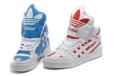 amerikaanse vlag schoenen, hoe cool ? hahaha. { knows maybe someone where you can buy this shoes ? I need it. }