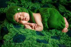 Avon, Family Photos, Winter Hats, Crochet Hats, Beanie, Children, Google, Amazing, Fashion