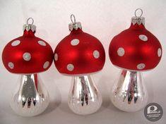 Polish Christmas, Christmas Bulbs, Poland People, Retro 2, Good Old Times, Childhood Memories, Vintage Christmas, Holiday Decor, School