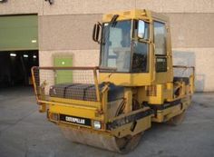 Used Construction Machinery for sale - Themar Trucks nv Used Equipment, Heavy Equipment, Outdoor Power Equipment, Machinery For Sale, Heavy Machinery, Used Trucks, Sale Promotion, Trucks For Sale, Tractors