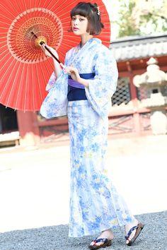 This is a yukata. Yukata is a casual kimono of summer. #Yukata #Kimono #Japan