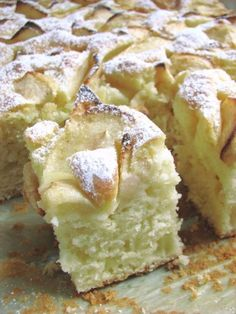 Puszyste ciasto z jabłkami Food Cakes, Yummy Cakes, Baked Goods, Cookie Recipes, Food And Drink, Sweets, Healthy Recipes, Cheese, Cookies