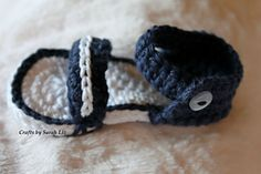 Ravelry: Baby Strap Sandals pattern by Sarah Gross