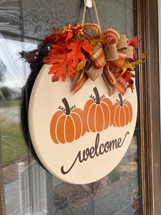 Wooden Door Signs, Front Door Signs, Front Door Decor, Front Porch, Halloween Door Hangers, Halloween Signs, Touch Up Paint, How To Make Ribbon, Fall Signs