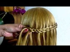 4 strands of waterfall braid crotch Apasito- 4 strands waterfall braid step Apas., # waterfall Braids kids 4 strands of waterfall braid crotch Apasito- 4 strands waterfall braid step Apas., # different Braids waterfalls Open Hairstyles, Cool Short Hairstyles, Plaits Hairstyles, Short Hair Styles Easy, Short Hair Updo, Braided Hairstyles Tutorials, Pretty Hairstyles, Different Braids, Beautiful Braids