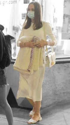 Angelina Jolie in Los Angeles, California on Friday 08/01/2021 #VeronicaTasmania Mena Suvari, Angelina Jolie, Off Duty, Veronica, Color Splash, Lace Skirt, Friday, Product Description, California